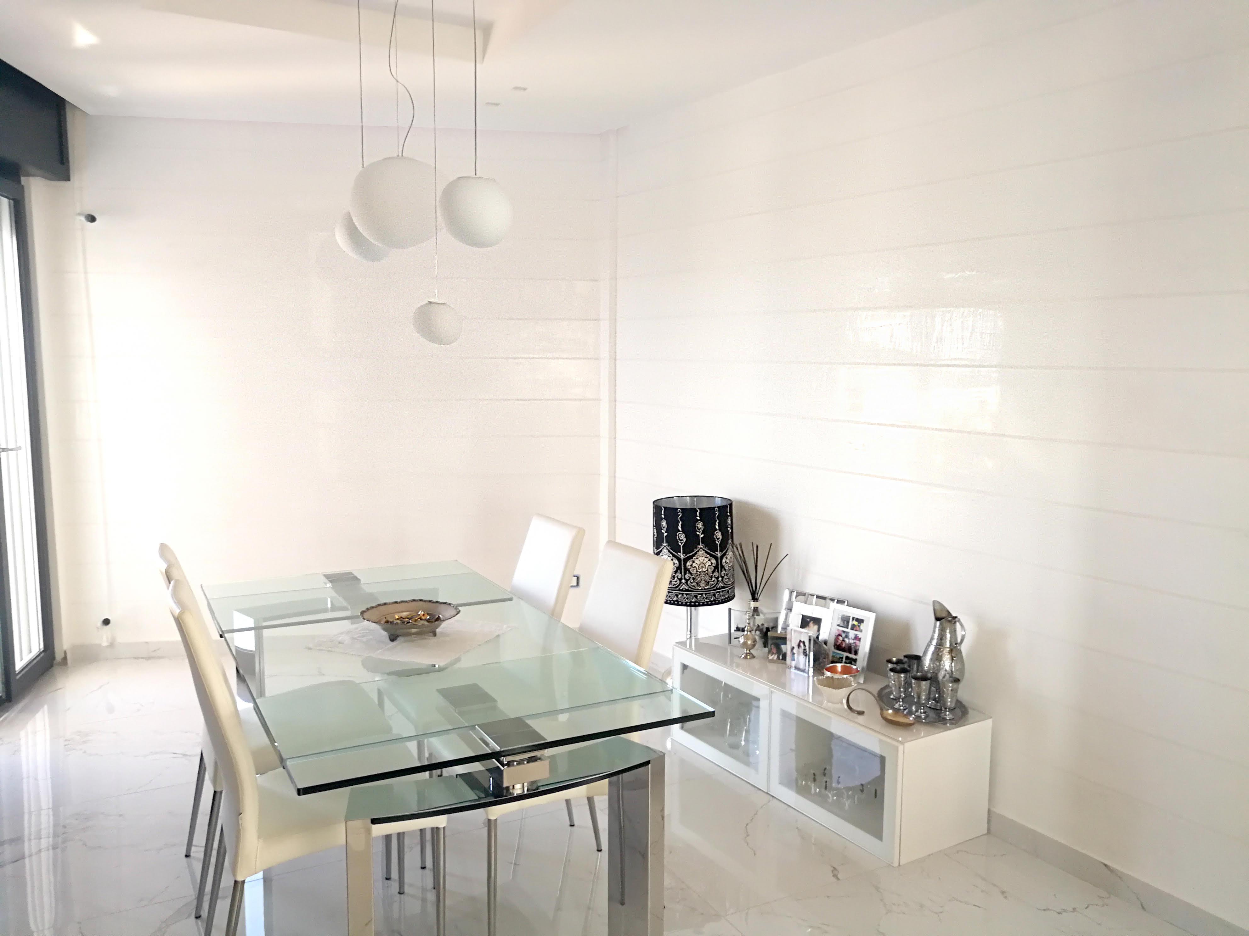 Plasmatore Italiano:Antonio Saccoia creazione decor wall infinito e marmo liquido