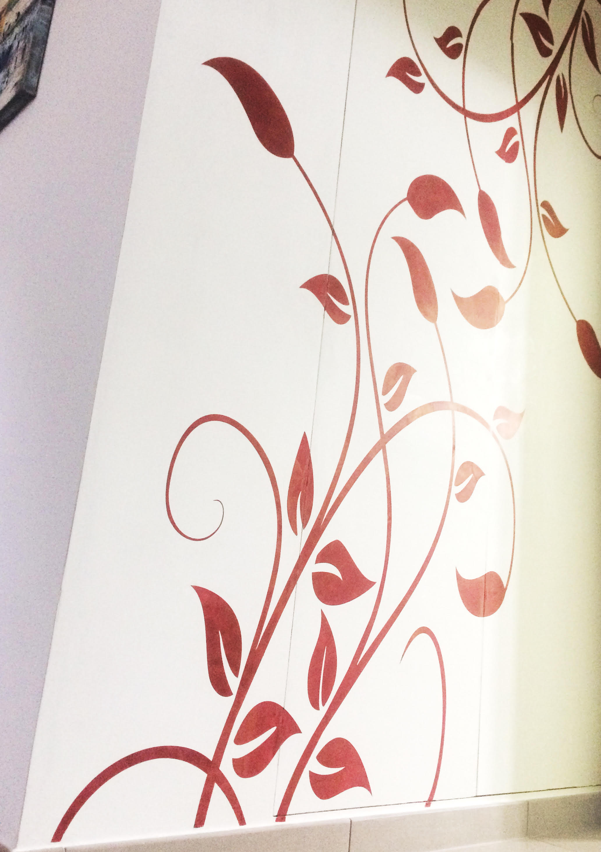 Plasmatore Italiano Francesco Tartaglione parete decor wall realizzata con Plasma3d + stucco oro + stencil